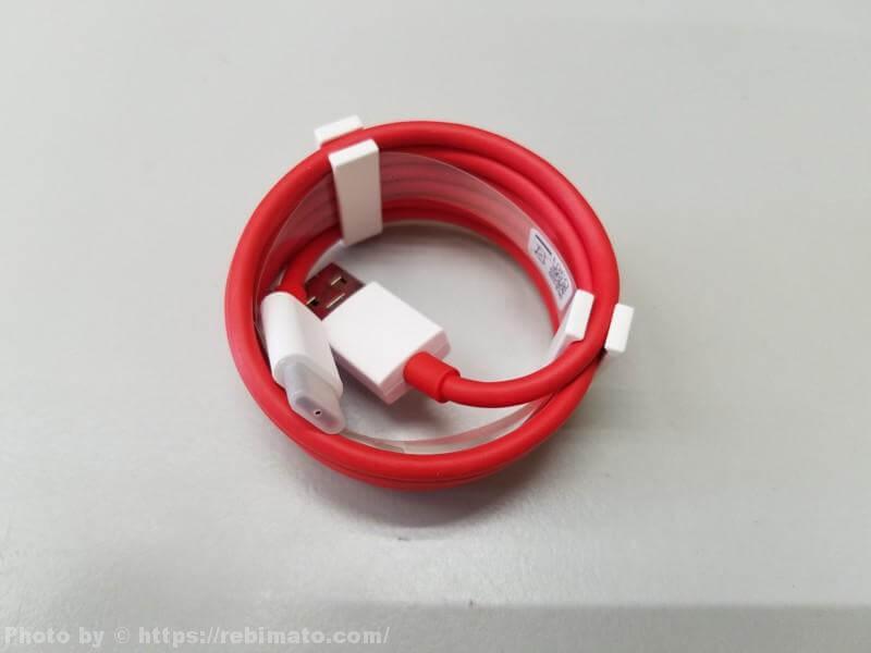 OnePlus 6 Marvel Avengers Edition USB-Cケーブル