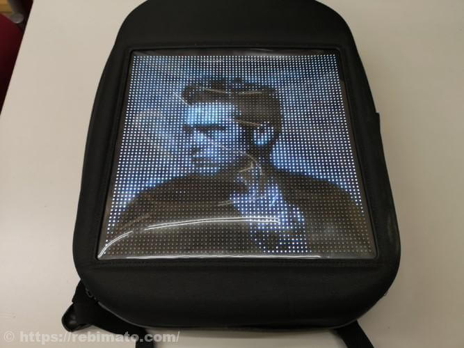 GearBestで買えるLEDライト内蔵バックパック Fashion WIFI Version Smart Led Dynamic Backpack